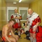 Kamil Bazelak i Piotr Dybus przygotowują się do wyjścia w programie Gwiazdy tańcza na lodzie (2)