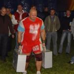 Kamil Bazelak na pokazach strongman w Białobrzegach (3)