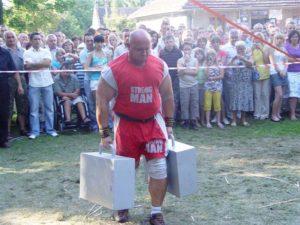 Kamil-Bazelak-na-pokazach-strongman-w Rybniku