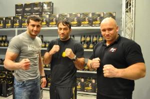 Mamed Chalidow, Donj Echo -czarny pas brazylijskiego jiu-jitsu i czarny pas w judo i Kamil Bazelak