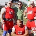 Piotr Dybus,Robert Czeszejko i Kamil Bazelak na pokazach strongman w Kawęczynie
