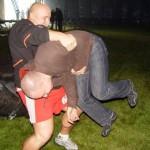 Kamil Bazelak rzuca pomocnikiem na pokazach strongman