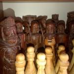 Rzeźbione szachy wykonane przez rzeżbiarza Ireneusza Jagnyziaka (2)