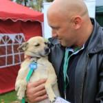 Kamil Bazelak z Sisi na pokazach psów organizowanych przez Fundację Przyjazna Łapa w Puławach (2)