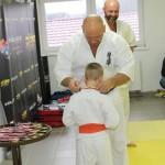 I Turniej Furo Karate w Andrespolu. Na zdjęciu Wiktor Klein, sensei Kamil  Bazelaki i sensei Robert Musierowicz