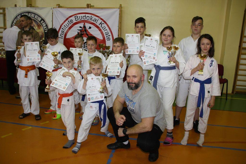 4 Kamil Bazelak i jego sekcja Kyokushin Karate