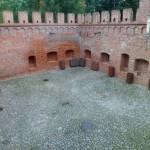 Zamek w Oporowie