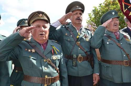 Ukraińscy banderowcy i faszyści SS Galizien...
