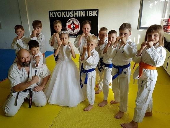 Kamil Bazelak i sekcja Dojo Kokoro Kyokushin IBK Andrespol